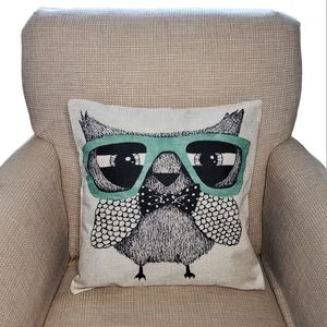 NWOT owl with glasses canvas pillow cover